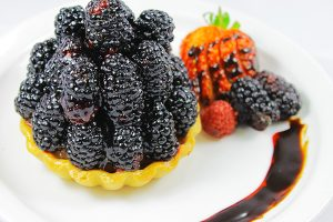 La Bonne Bouchee Blackberry Fruit Tart
